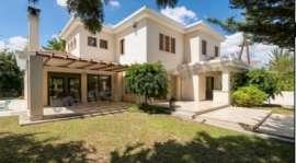 Fabulous house in Plati Aglantzia in a cul de sac
