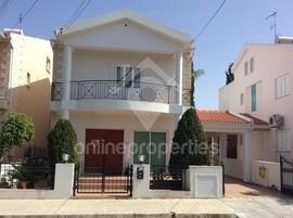 DETACHED HOUSE IN ARCHANGELOS FOR RENT