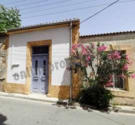 RENOVATED LISTED HOUSE IN WALLED NICOSIA FOR RENT