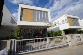 Modern Designer Look Detached house-Pics on demand