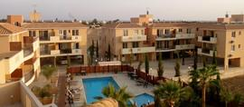 Beautiful Apartment Minutes from the Sea
