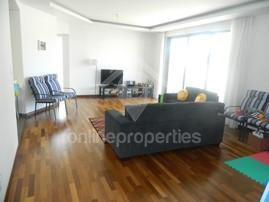 Luxurious and modern 3bedroom flat at Acropolis
