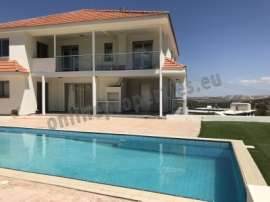 Beautiful house in Alambra with pool