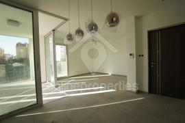 Modern Featured 3bedroom flat