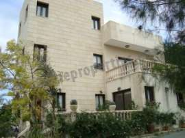 FOUR BEDROOM HOUSE IN ALAMPRA FOR RENT