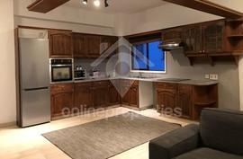 Renovated modern 3 bedroom spacious 120m2 apartment