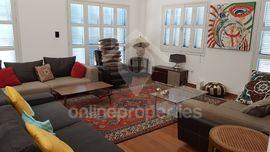 Lovely 3bed penthouse near the embassies