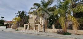 Luxury detached five-bedroom house