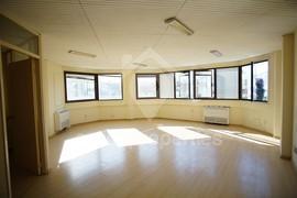 Nice office space on Makarios Avenue,close Hilton
