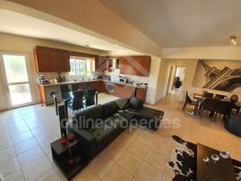Spacious ground floor 2bed,fully furnished & equipped