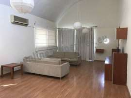 UPPER HOUSE WITH ROOF GARDEN IN EGKOMI FOR RENT
