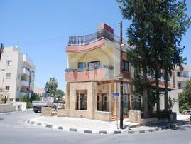 Shop in Aglatzia