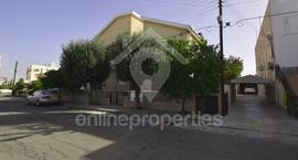 Spacious 5 bedroom house with a private pool