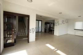 Luxury Duplex Whole Floor Apartment + Roof Garden