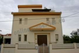LUXURY HOUSE IN LAKATAMIA FOR RENT