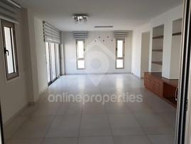 Whole floor 3bedroom apartment