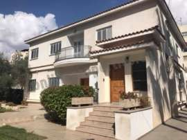 3 bedroom upper house for Rent in Acropolis