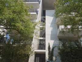 Modern 2bedroom flat off Makarios Ave.