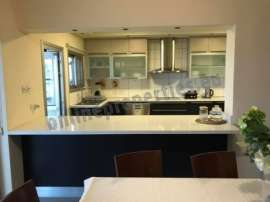 Renovated four bedroom flat on Kennedy Ave.