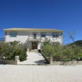 HOUSE IN KALO CHORIO