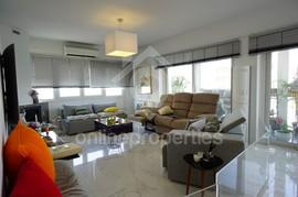Totally renovated 3bedroom by the Landmark Hotel
